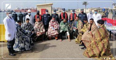 البحرية المصرية تنقذ سوريين كانوا على متن سفينة تعرضت للغرق